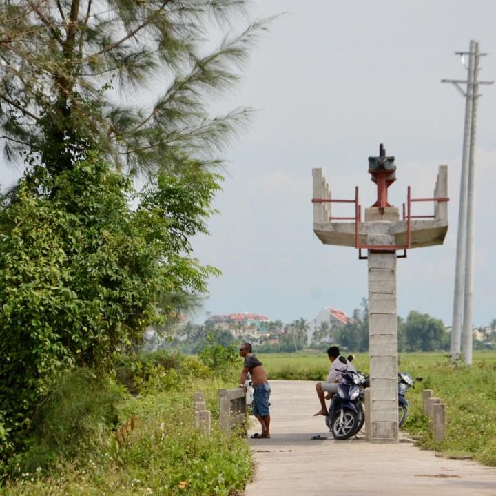 vietnam with kids an bang bike tour pause