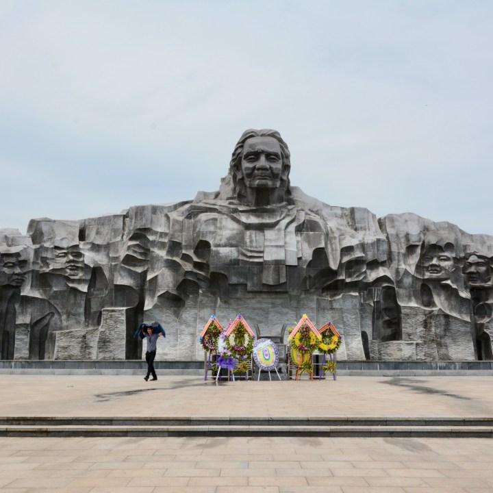 travel with kids vietnam mother vietnam monument