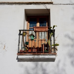granada with kids balcony