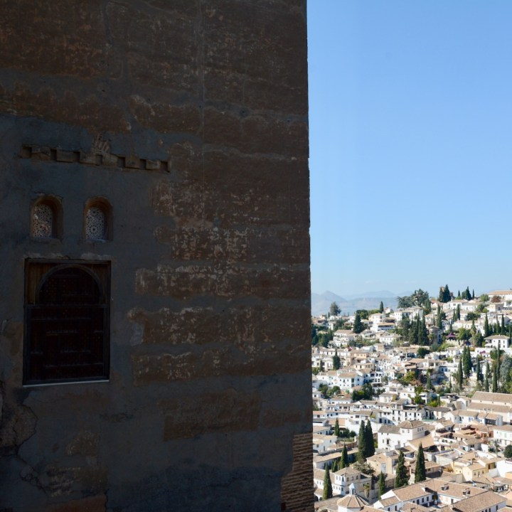 alhambra with kids nasrid palace tower