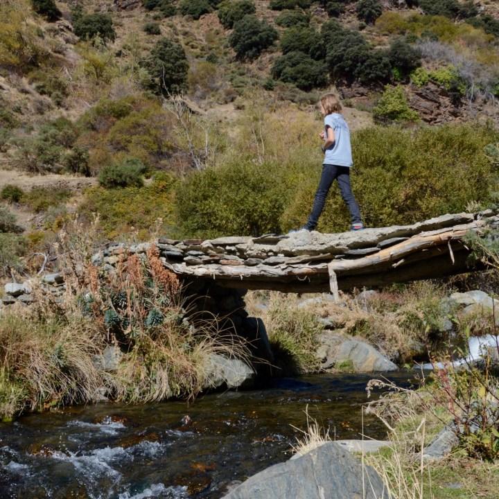hiking with kids las aplujarras poqueira gorge bridge