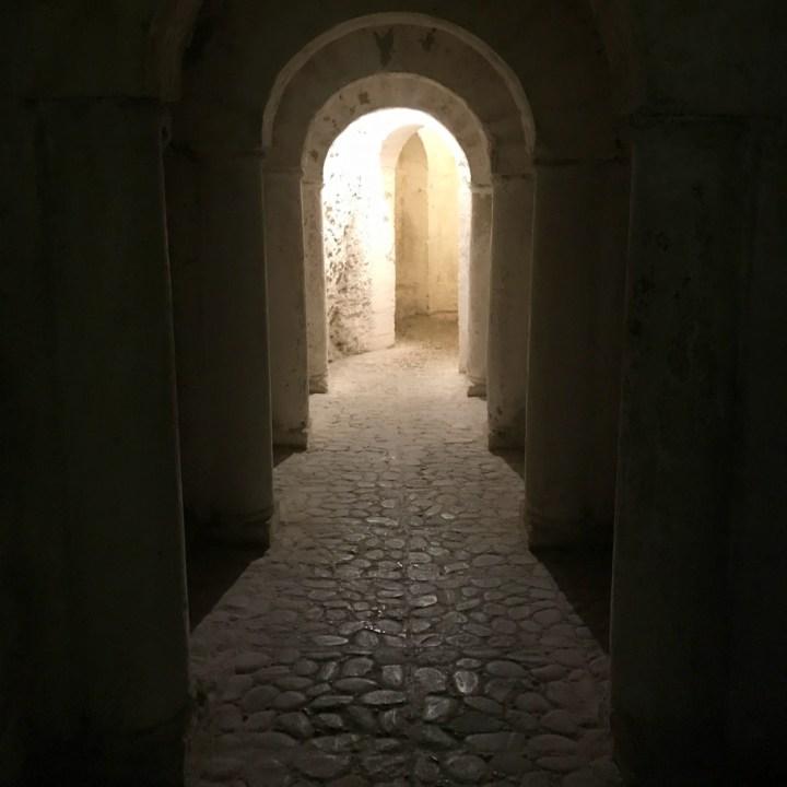 granada with kids fundacion rodriguez acosta tunnels