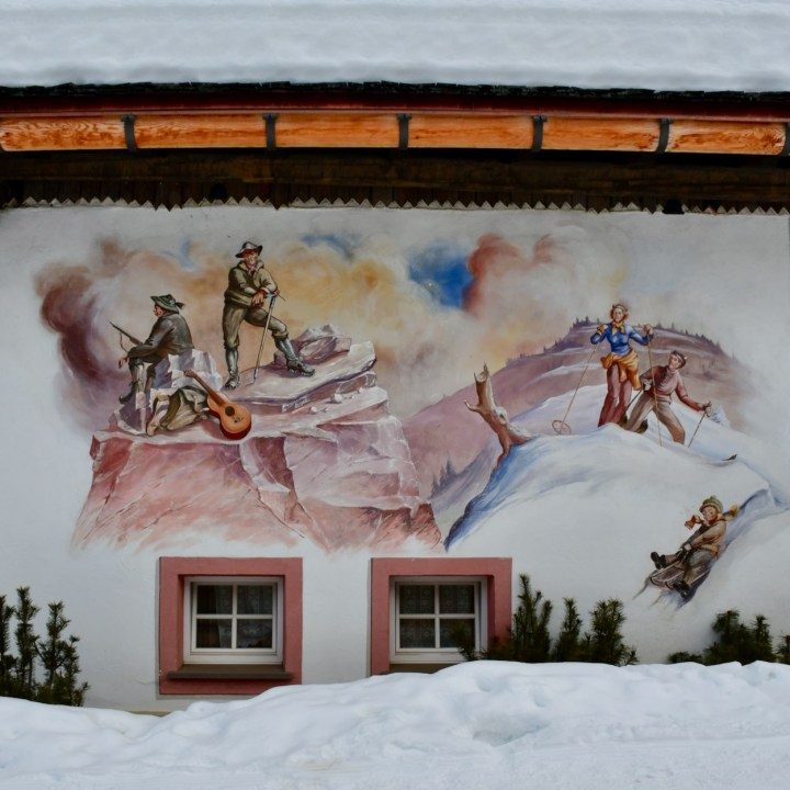 seiser alm skiing with kids tirler mural