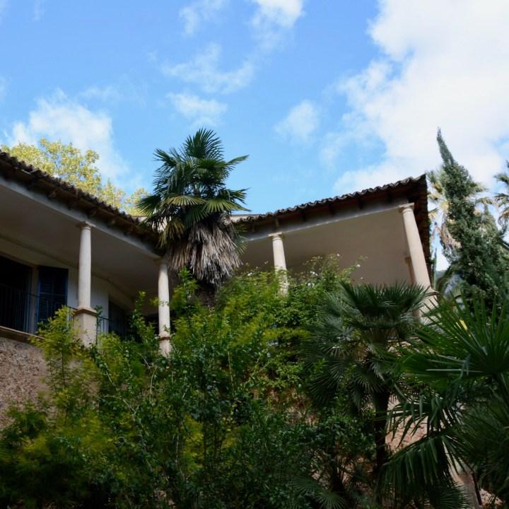 Mallorca with kids gardens alfabia house