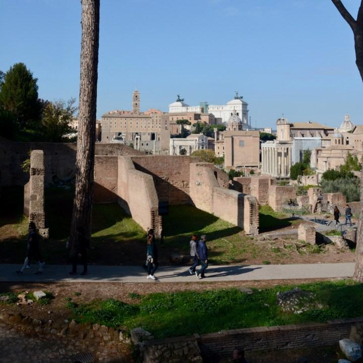 colosseum rome with kids roman forum