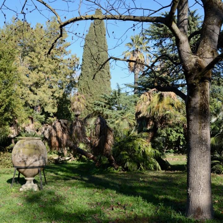 Rome with kids villa sciarra gardens