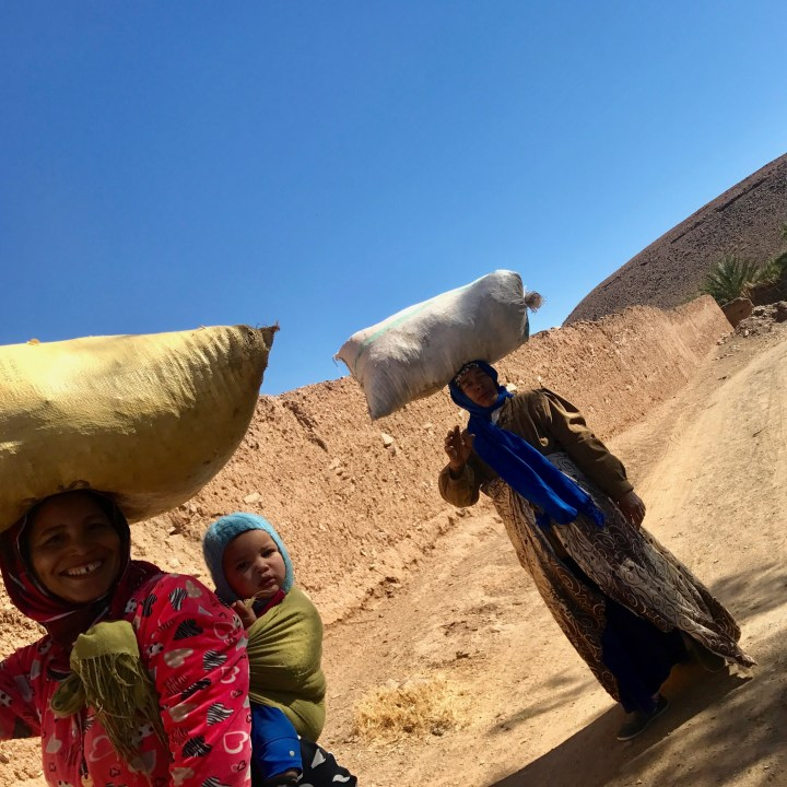 morocco with kids travel tips local women