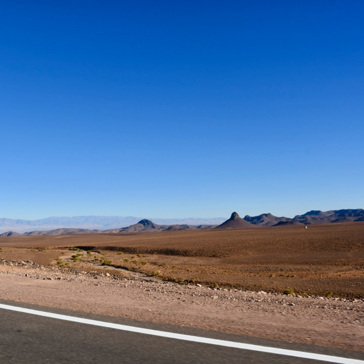 Morocco with kids drive M'Hamaid ouarzazate