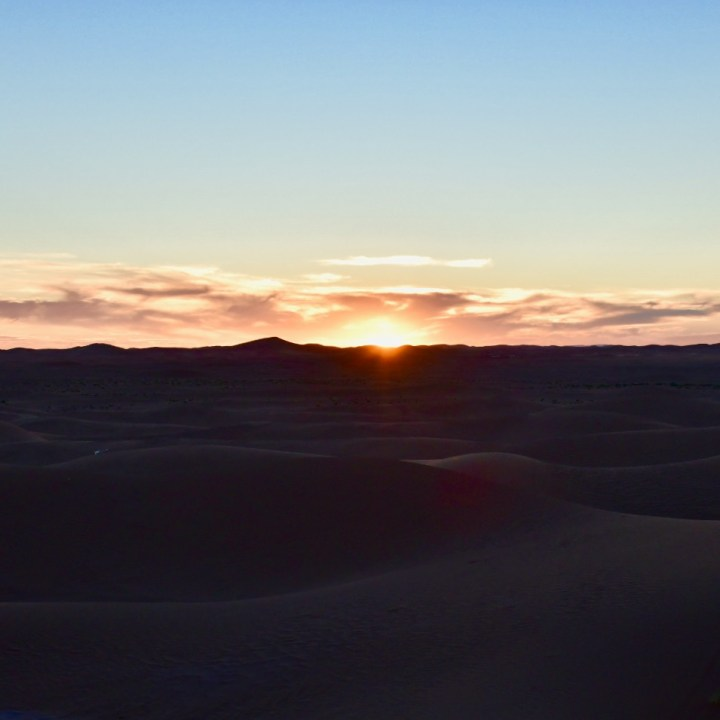 La Kahena luxury camp Erg Chigaga Sahara sunset