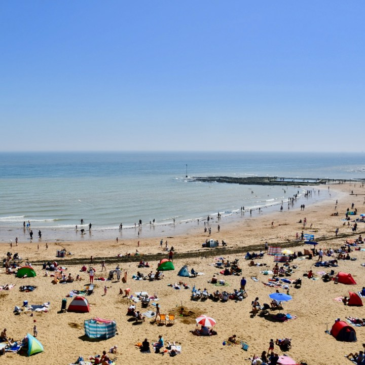 Broadstairs with kids bank holiday crowded beach