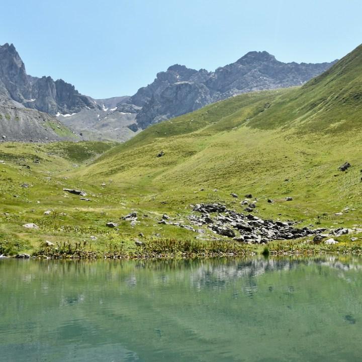 Juta hike Chaukhi Lake