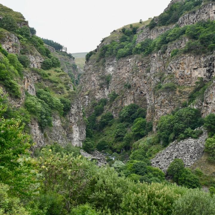 Dashbashi gorge view