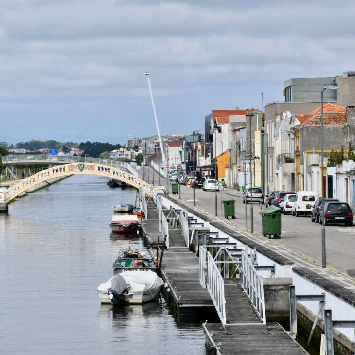 Aveiro Portugal canal wanders