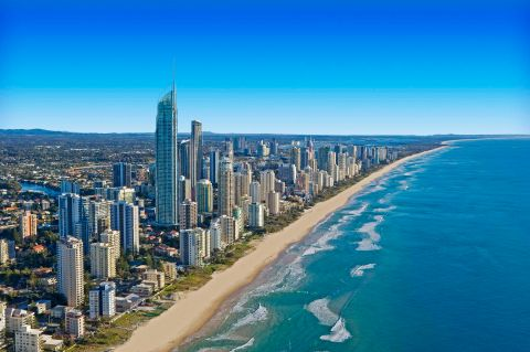 Gold-Coast-learn-to-surf