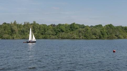 Erste Segelboote waren unterwegs