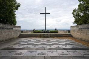 Kriegsgräbergedenkstätte oberhalb des Bodensees