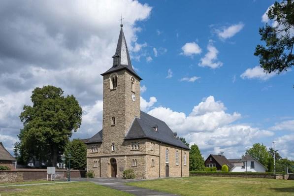 Sankt Laurentius Kirche in Mintard