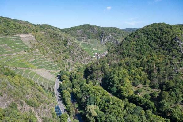 Blick Flussabwärts von der Are Burg
