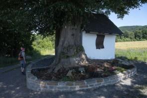 Kapelle im Gladbacher Feld