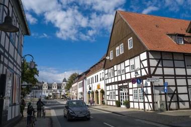 Hauptstrasse in Schloss Neuhaus