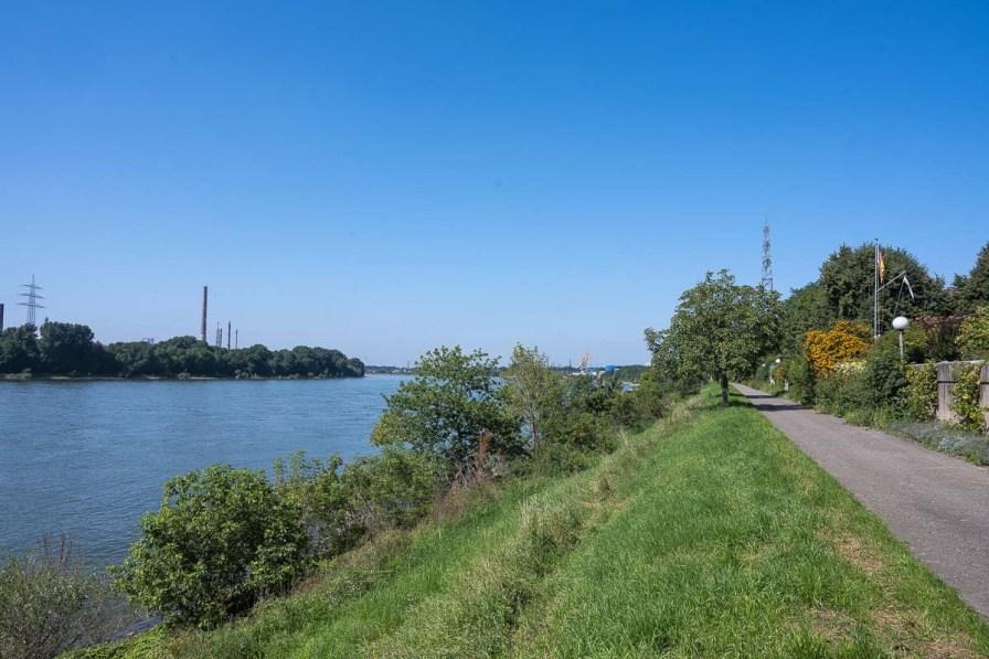 Am Rhein in Niederkassel