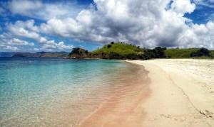 Pink Beach Komodo Indonesia