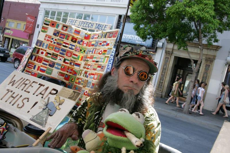Peace-Vendor-Telegraph-Ave-Berkeley2