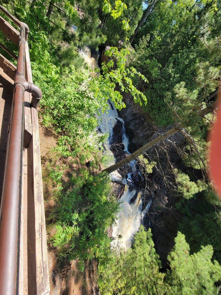 Road Trip Essentials for Thrilling things to see on Minnesota's North Shore