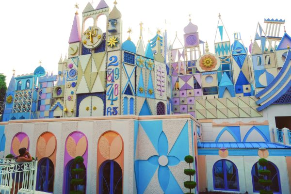 Hong Kong Disneyland: 8 Attractions You Shouldn't Miss