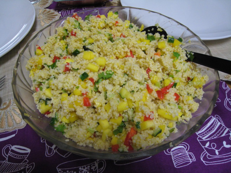 couscous with mango and paprika salad