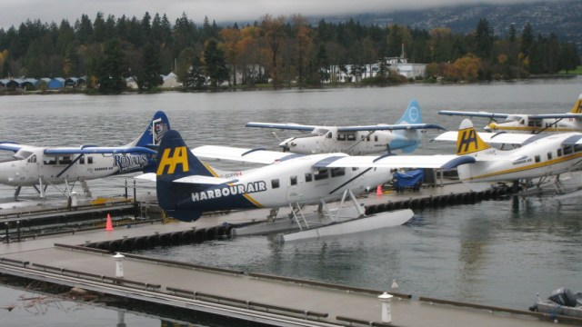 Seaplanes at Coal Harbour