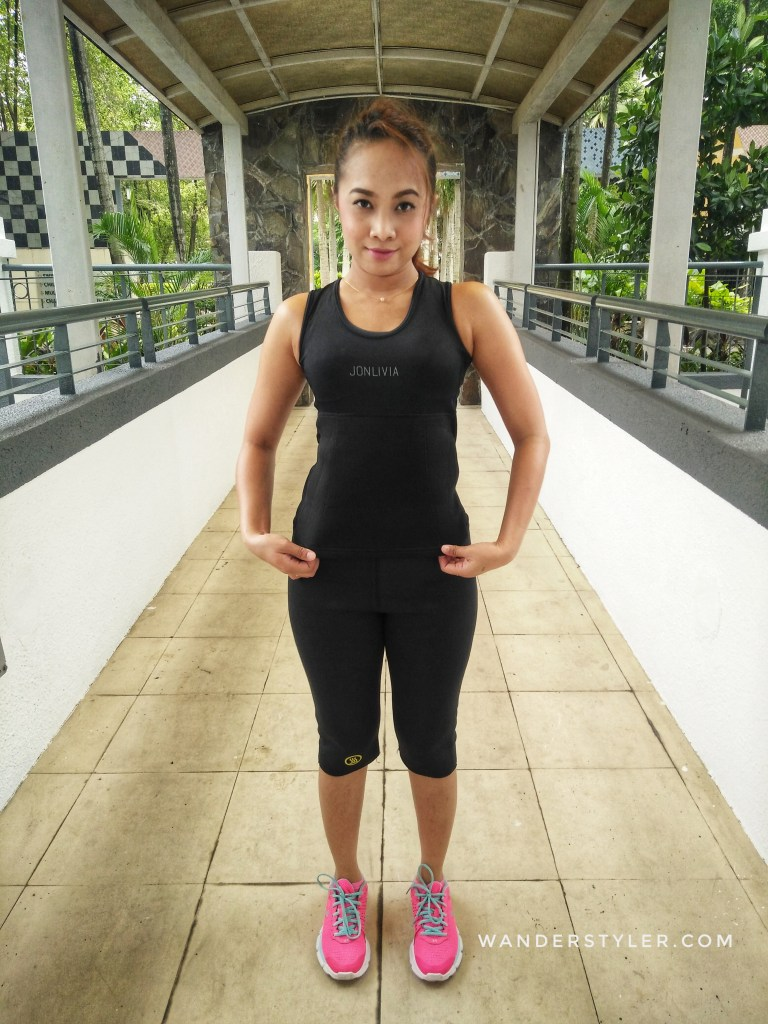 The Jonlivia ActivSinglet (with pocket) - front view
