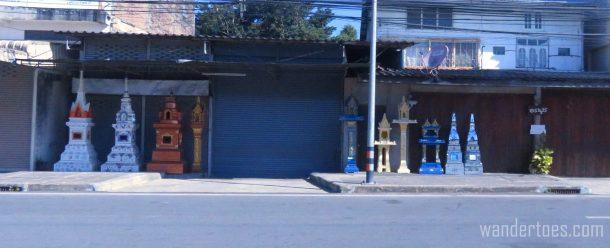roadside-altars