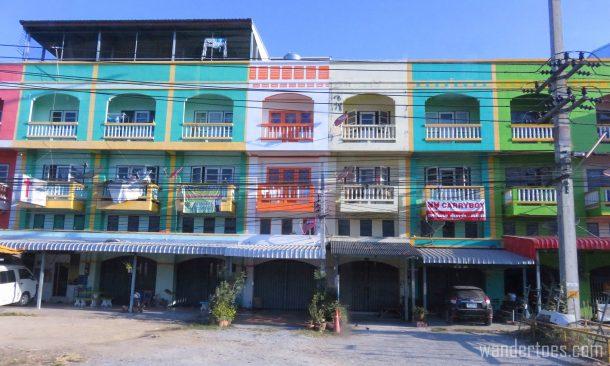 roadside-colorful-buildings