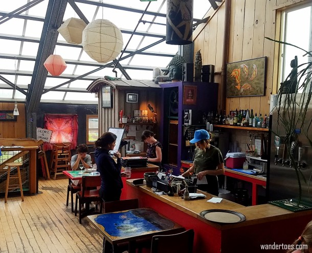 Places to eat in Newport Oregon Cafe Mundo