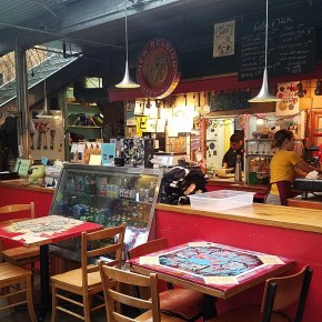 Newport, Oregon:  The Quirky and Yummy Cafe Mundo