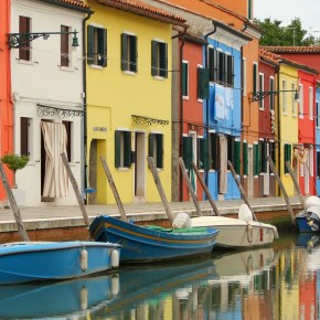 Burano: Easy & Beautiful Day Trip from Venice