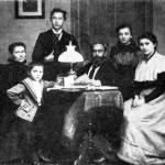 Karl Fischer mit Eltern und Geschwister 1897
