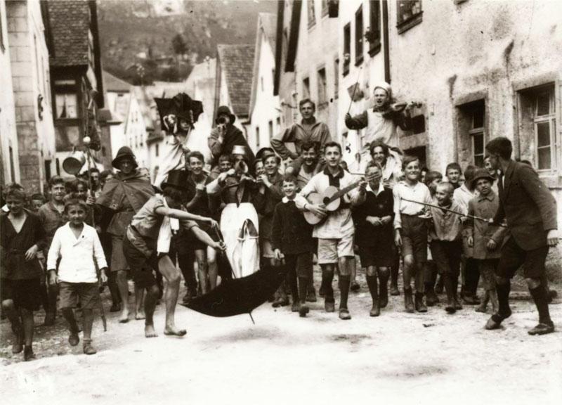 Adler und Falken - 1921