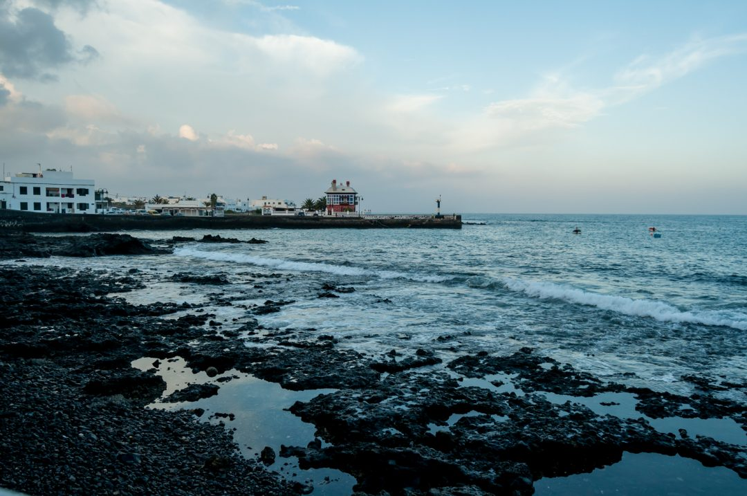 Arrieta, a beautiful fishers' town in Lanzarote || Wanderiwngs.com