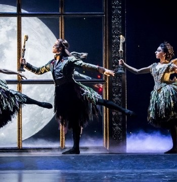 Matthew Bourne's SLEEPING BEAUTY Liverpool Empire