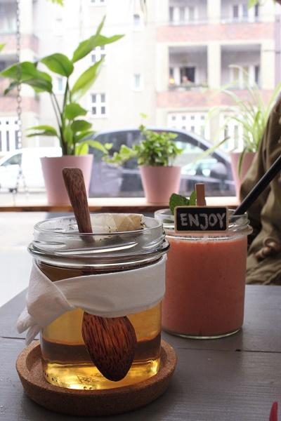 Drinks at Avocado Club Berlin
