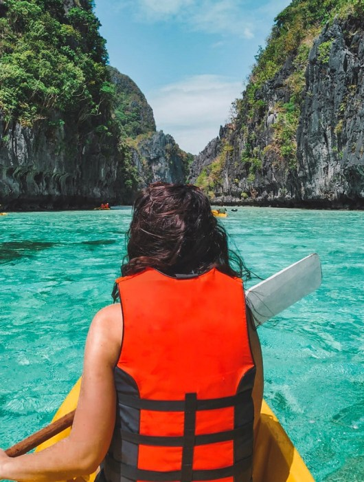 Big Lagoon kayaking El Nido