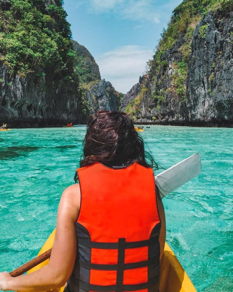 Lagoon kayaking El Nido