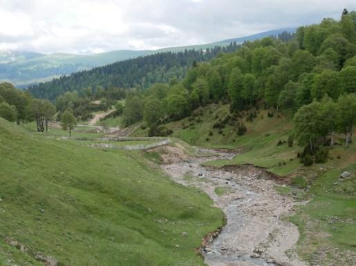 Abfahrt nach dem Goderzi Pass, 2025m.