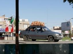 When all travel togehter luggage has to stay on the roof. // Wenn alle zusammen verreisen, muss das Gepäck auf das Dach.