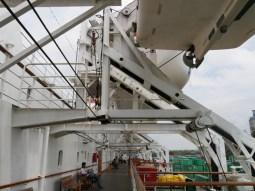 Auf dem Deck der M.S. Kelut.// On the deck of the M.S. Kelut.