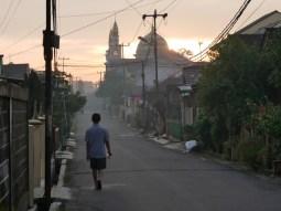 Mosque at dawn.// Moschee in der Morgendämmerung
