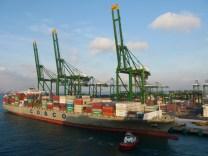 Hafen Singapur.// Harbour Singapore.
