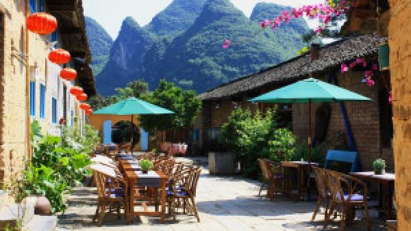 Nieuwe-baan-in-China-bij-Giggling-Tree-Guesthouse